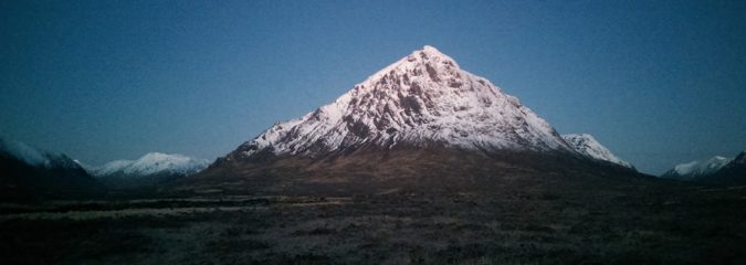 PHOTO'S: Climb To The Top Of Buachaille Etive Mòr – Stob Dearg (Glen Coe)