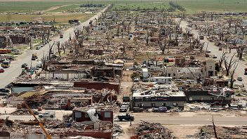 10 YEARS AGO TODAY: 95% of Greensburg, Kansas was wiped off the map