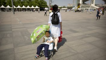 Beijing, China sees hottest April day since 1993, then on record!