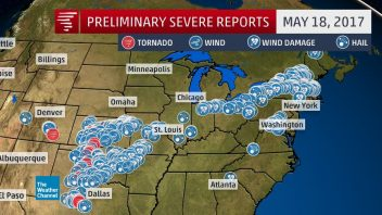 US: West v East: Impressive heat and snow records fall on same day