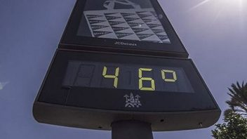 Spain records hottest day at 47.3C (117F)