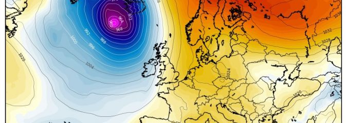 954 Atlantic low vs 1046 Scandinavia high, UK shall be protected…