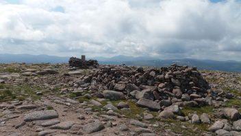 23-mile hike across the Southern Cairngorms: Mullach Clach a' Bhlair, Monadh Mor, Beinn Bhrotain
