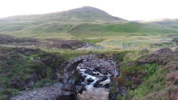 Tolmount, Tom Buidhe (East of Cairnwell)