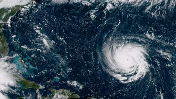 Mandatory Evacuations Begin On US East Coast As Florence Explodes To Category 4 Over Atlantic