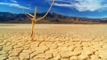 Death Valley Tops 130F! Hottest Since 1913 or A World Record?